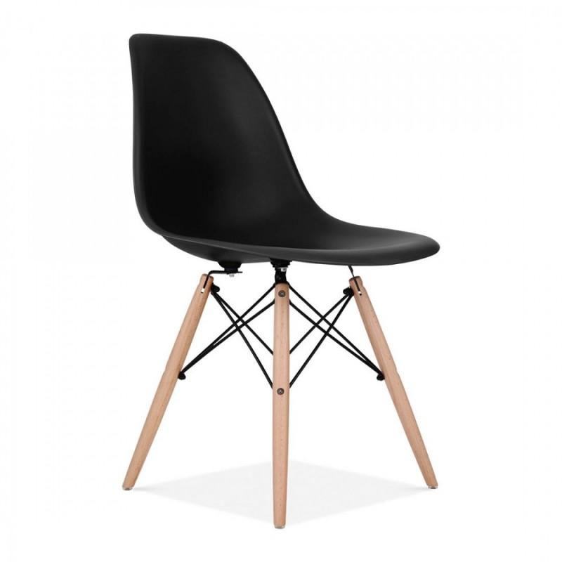 Модерен стол с дървени крак...